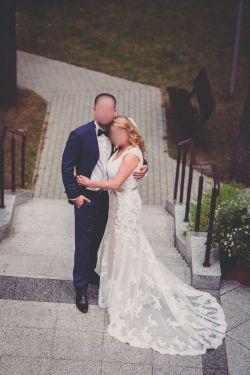 Śliczna koronkowa suknia ślubna Maggie Soterro
