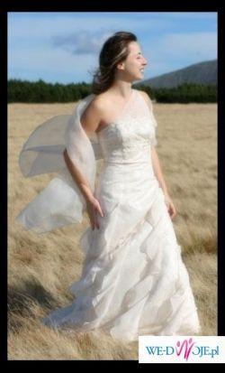 sliczna, niepowtarzalna suknia KIAS firmy Herm's