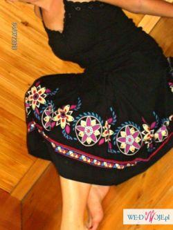 sliczna spódnica w piękne kwiaty