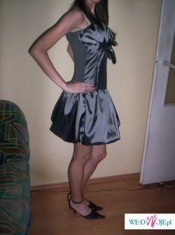 śliczna sukienka na studniówke, bar karnawałowy