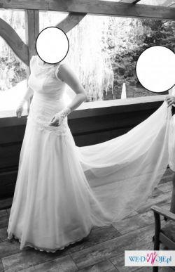 śliczna suknia do sprzedania