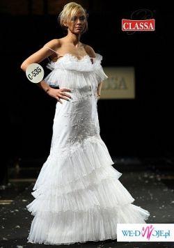 Śliczna suknia firmy Classa
