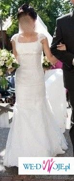 ŚLICZNA suknia- KORONKOWA rybka LILEA PERLE!!!!! POLECAM!!!!!