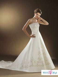 Śliczna suknia Lugonovias