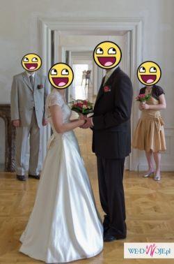 Śliczna suknia ślubna ecru 36/38 szuka nowej właścicielki!
