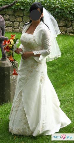 Śliczna suknia ślubna, model Heidi, Kraków.