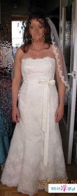 Sliczna suknia ślubna-- modelu Bahamas.