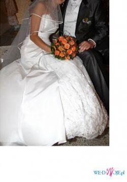 Śliczna suknia ślubna Sheila