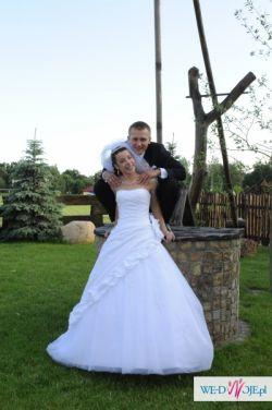 Śnieżno biała suknia ślubna z kolekcji Imogene, roz 36