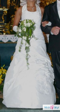 Śnieżnobiała suknia ślubna firmy agnes rozmiar 36/38