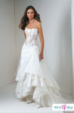 spraedam piekna suknie astride