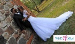 Sprzeda oryginalną i niepowtarzalną francuską suknię ślubną