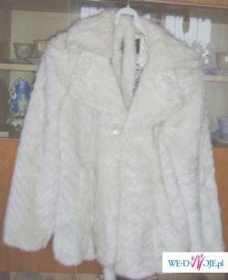 sprzedam białe futerko