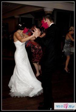 Sprzedam cudną, koronkową suknię ślubną marki Wings Bridal, w kolorze ivory!