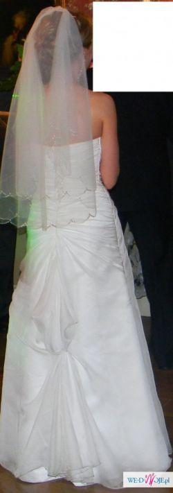 Sprzedam cudowną suknię ślubną rozmiar 36 wraz z welonem