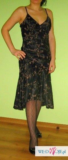 sprzedam elegancką czarną  sukienkę 38