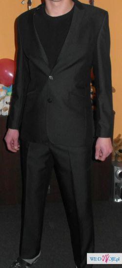Sprzedam garnitur w bardzo dobrym stanie