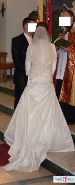 Sprzedam hiszpańską, jednoczęściową suknię ślubną z kolekcji La Sposa Faro 2009