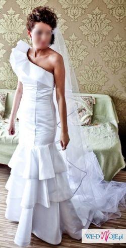 Sprzedam hiszpańską suknię  ślubną firmy PRONOVIAS, model Alison r. 36