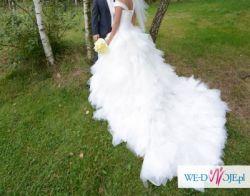 Sprzedam imponującą suknię ślubną