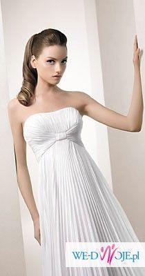 Sprzedam klasyczną i skromną suknię White One. Polecam