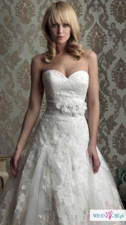 Sprzedam koronkową suknię ślubną Allure Bridal.