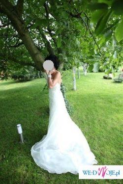 sprzedam niepowtarzalna suknie chiszpanskiej firmy white one model encajes 2009
