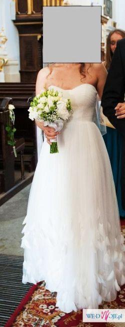 Sprzedam piękną, delukatną suknie ślubną