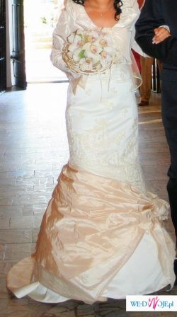 Sprzedam piekna stylkowa suknie ślubną(welon,bolerko,torebka,rękawiczki-GRATIS!)