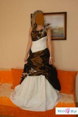 Sprzedam piękną suknie koloru eccru z dodatkiem brązu!!!