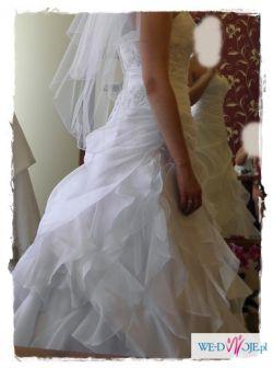 sprzedam piekna suknie slubna38-42