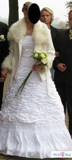 Sprzedam płaszcz biały idealny do sukni ślubnej-tanio