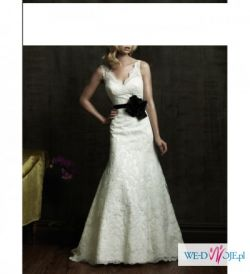 sprzedam przepiękną suknie ślubną