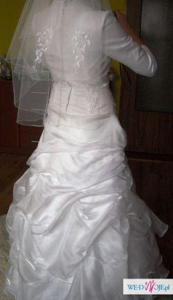 sprzedam przepiękną suknię śubną kwiecień 2010!!!