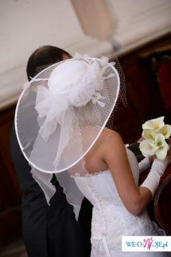 Sprzedam przepiękny kapelusz ślubny