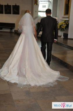 Sprzedam prześliczną suknie ASPERA  GOLDLINE 4290