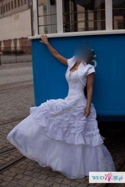 Sprzedam prześliczną suknię typu księżniczka za 690 zł
