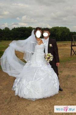 Sprzedam rewelacyjną suknię ślubną