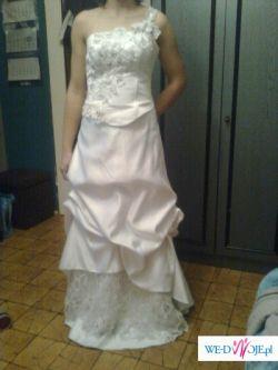 Sprzedam śliczną białą suknię ślubną 605-358-967