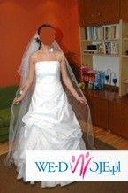 Sprzedam śliczną, białą suknię ślubną.