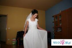 sprzedam śliczną i oryginalną suknię ślubną z butami firmy kotyl 36