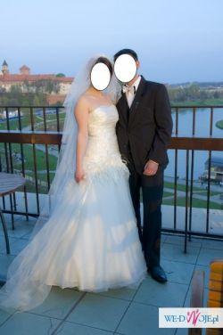 Sprzedam śliczną suknię ślubną salonu La Sposa model Grace, kolor ecru!!!