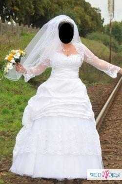 Sprzedam śliczną suknie ślubną z kryształkami svarowskiego