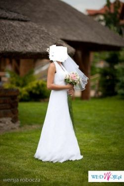Sprzedam śnieżno białą suknię ślubną Agnes, model 1709.