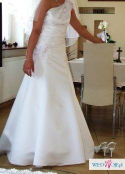 Sprzedam śnieżnobiałą suknię ślubną