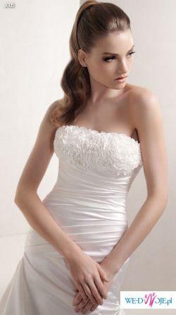 Sprzedam subtelną suknię Kolekcji White One 2010 model 3005