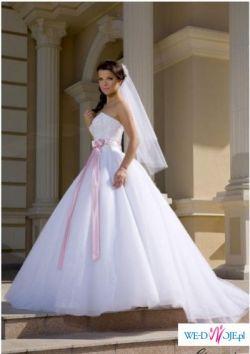 sprzedam suknie Giovani po 11.09.2010