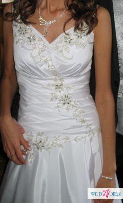 Sprzedam suknię ślubną 36-38, welony, buty