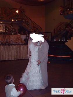 Sprzedam suknię ślubną 38/40 biała z bolerkiem