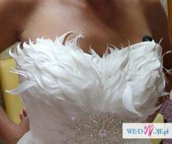 Sprzedam suknię ślubną Erherda z gorsetem z piór plus super dodatki gratis
